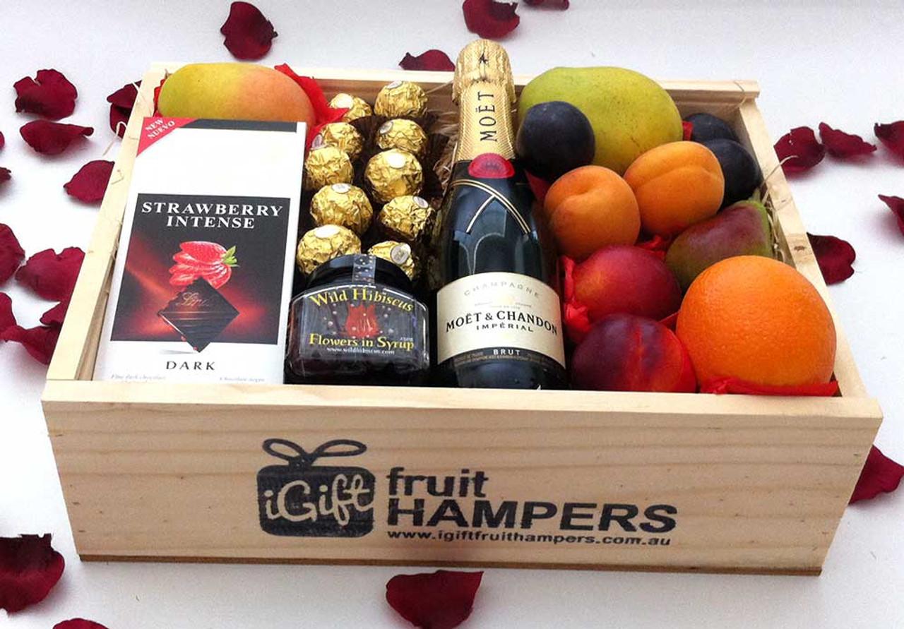 Gift hamper moet gourmet fruit box with chocolates wild hibiscus gift hamper moet gourmet fruit box with chocolates wild hibiscus flowers negle Images
