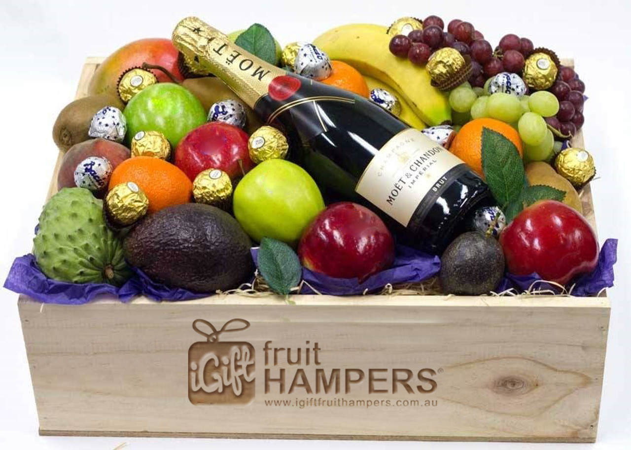Gift hamper moet fruit chocolate hamper ferrero baci negle Choice Image