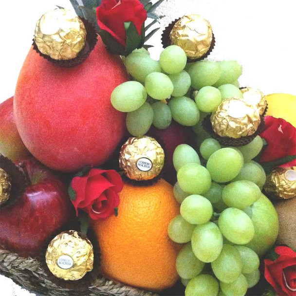 Make the Day healthy and naughty with fruit and chocolates