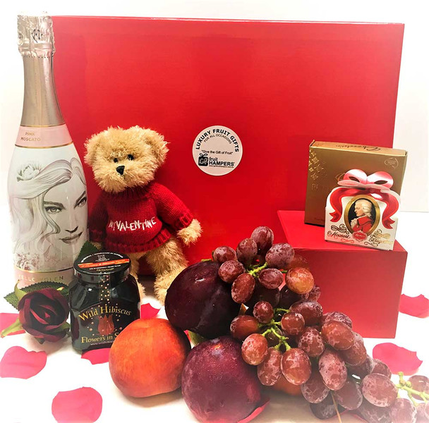Pink Moscato Valentine's Day Luxury Gift