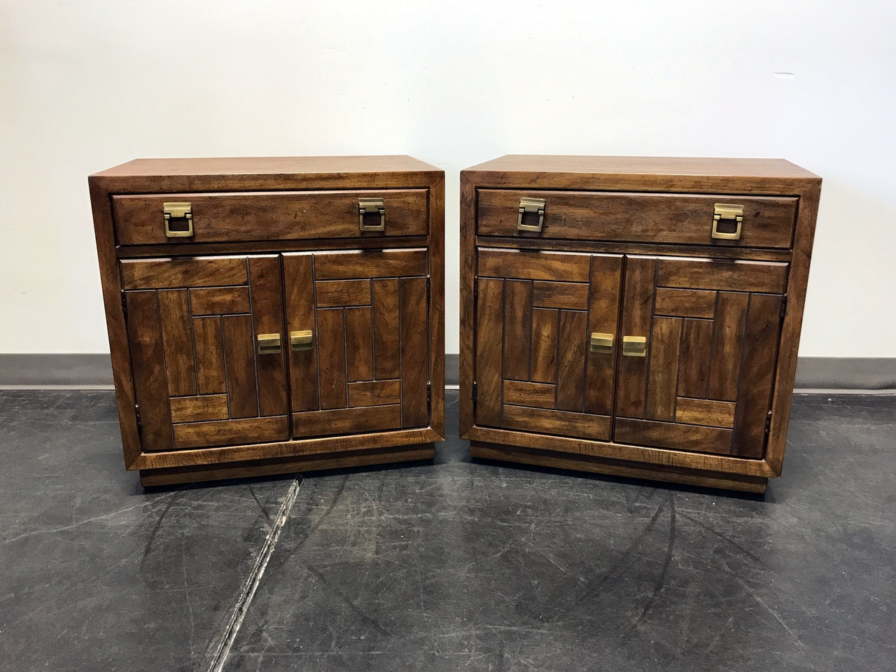 SOLD OUT   DREXEL HERITAGE Woodbriar Pecan Campaign Style Bedside Chests  Nightstands   Pair
