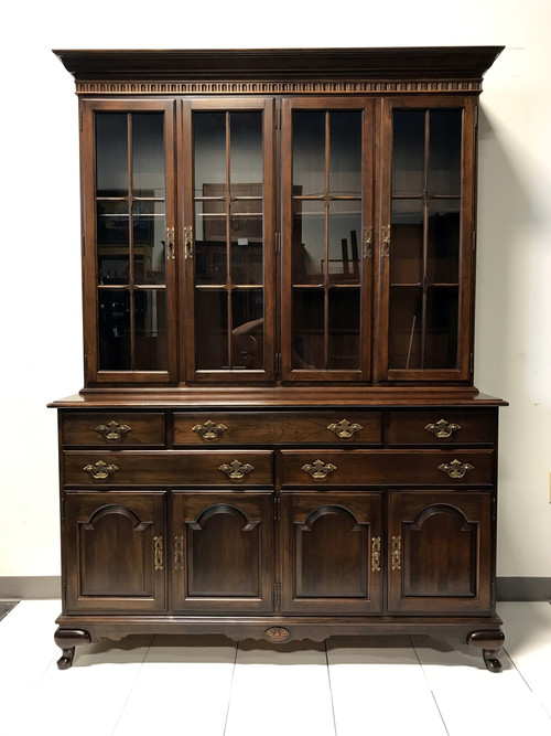 Lovely Mother Of Pearl China Cabinet