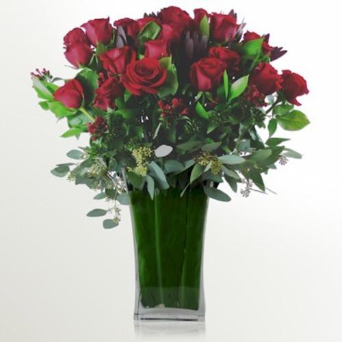 24 Luxury Long Stemmed Roses