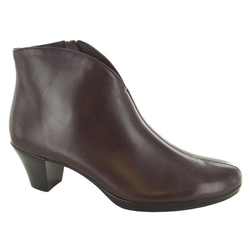 Munro Women's Robyn - Brown Leather ...