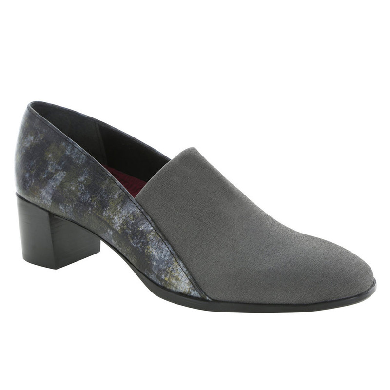 Munro Women's Billee - Grey Fabric / Grey Lizard
