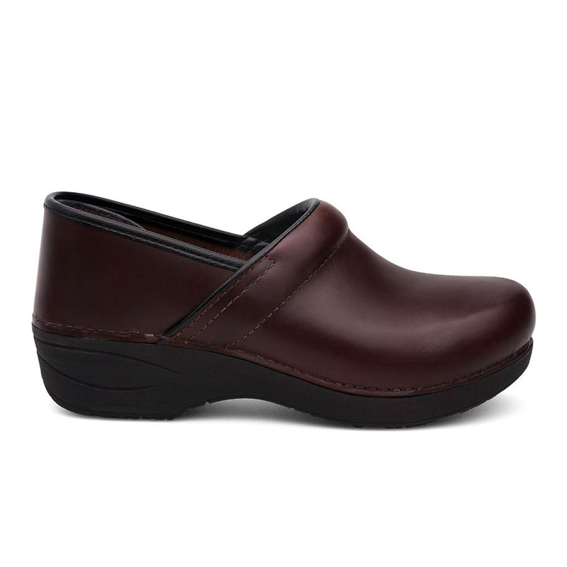 Dansko Women's XP 2.0 - Brown Pull Up - 3950-530202 - Profile