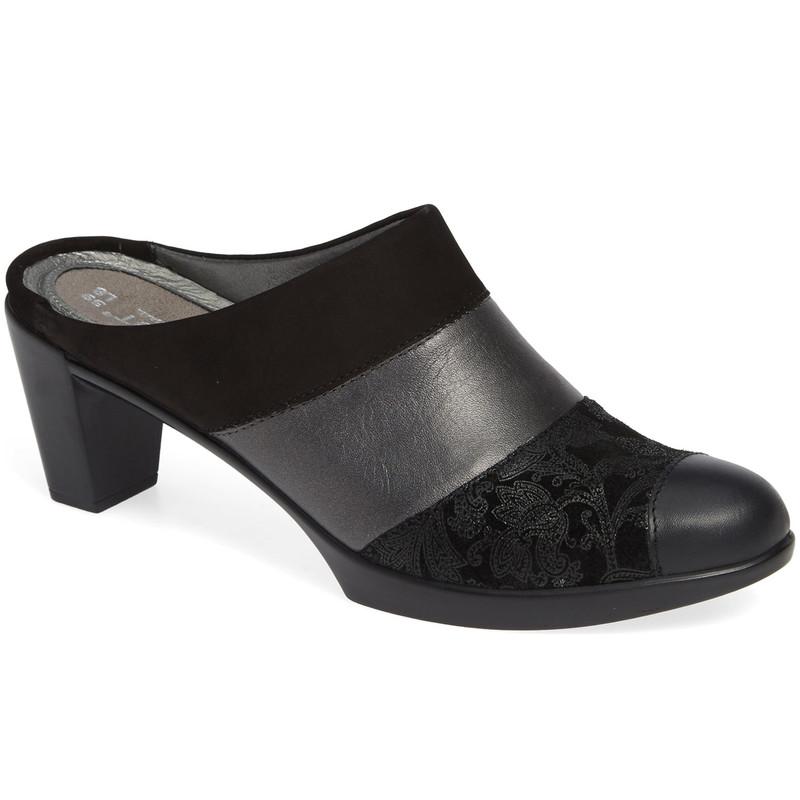 Naot Women's  Fortuna Mule - Black