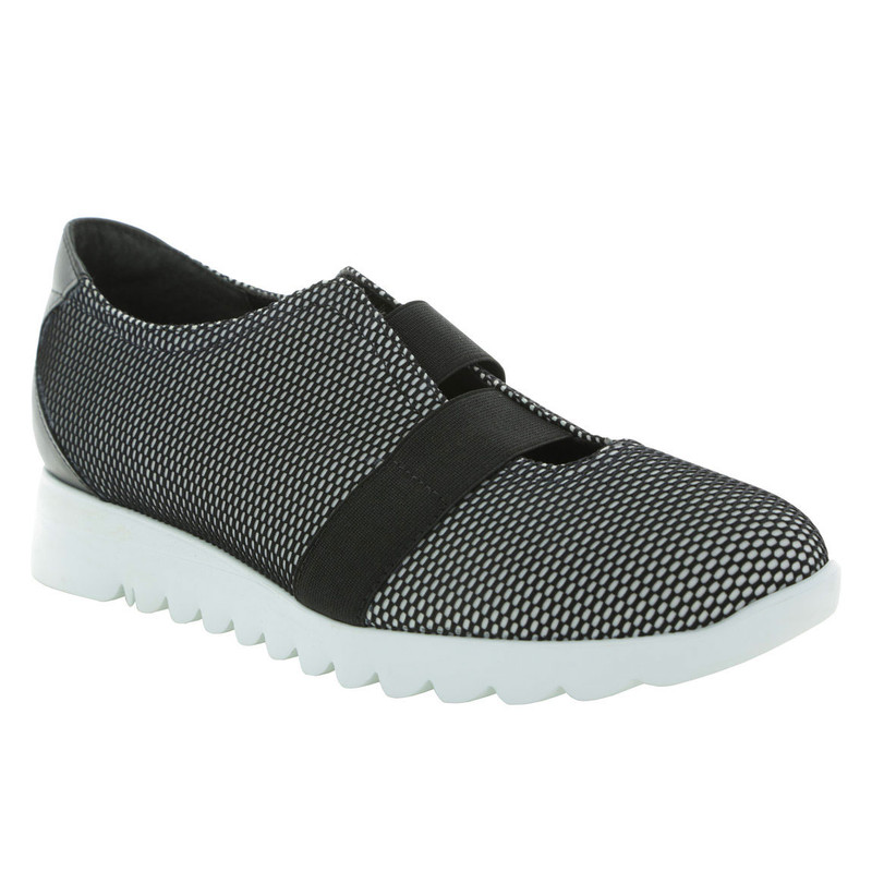 Munro Women's Alta - Black and White Mesh