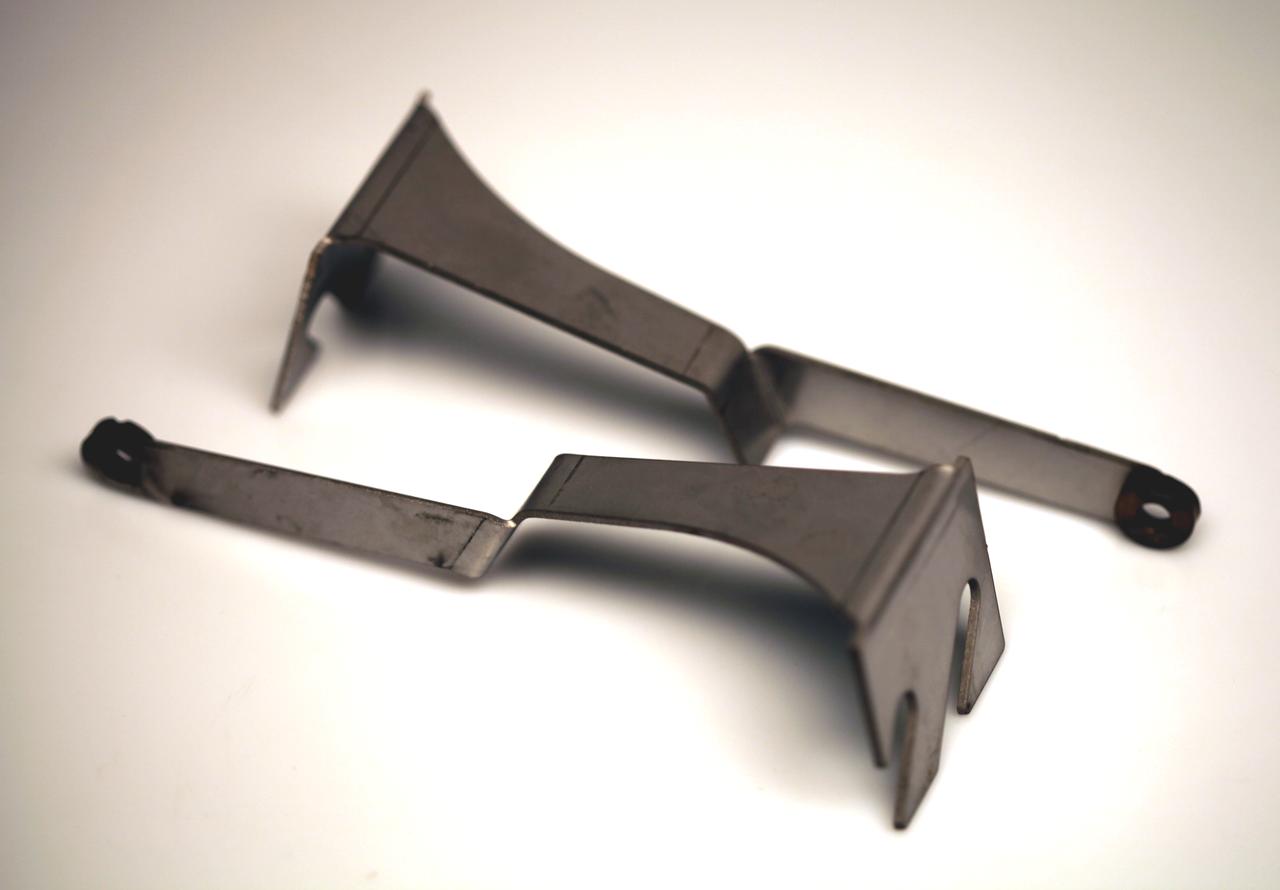 #388 Torque Vector/Litronic Sensor Bracket Set (For use with Rear XL Inner Monoball #3-307). Adapts the XL Inner Monoballs for use with OEM Torque Vectoring and Litronic System Sensors.