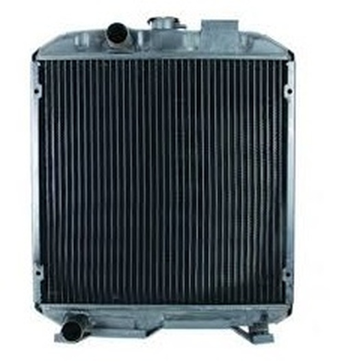 Ford 1715 Radiator -- SBA310100630