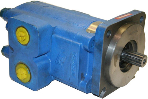 Case 580K Hydraulic Pump (NEW) (Threaded Line Flanges) -- D140801