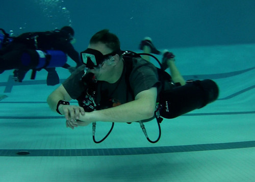 Sidemount Pool Discovery Dive