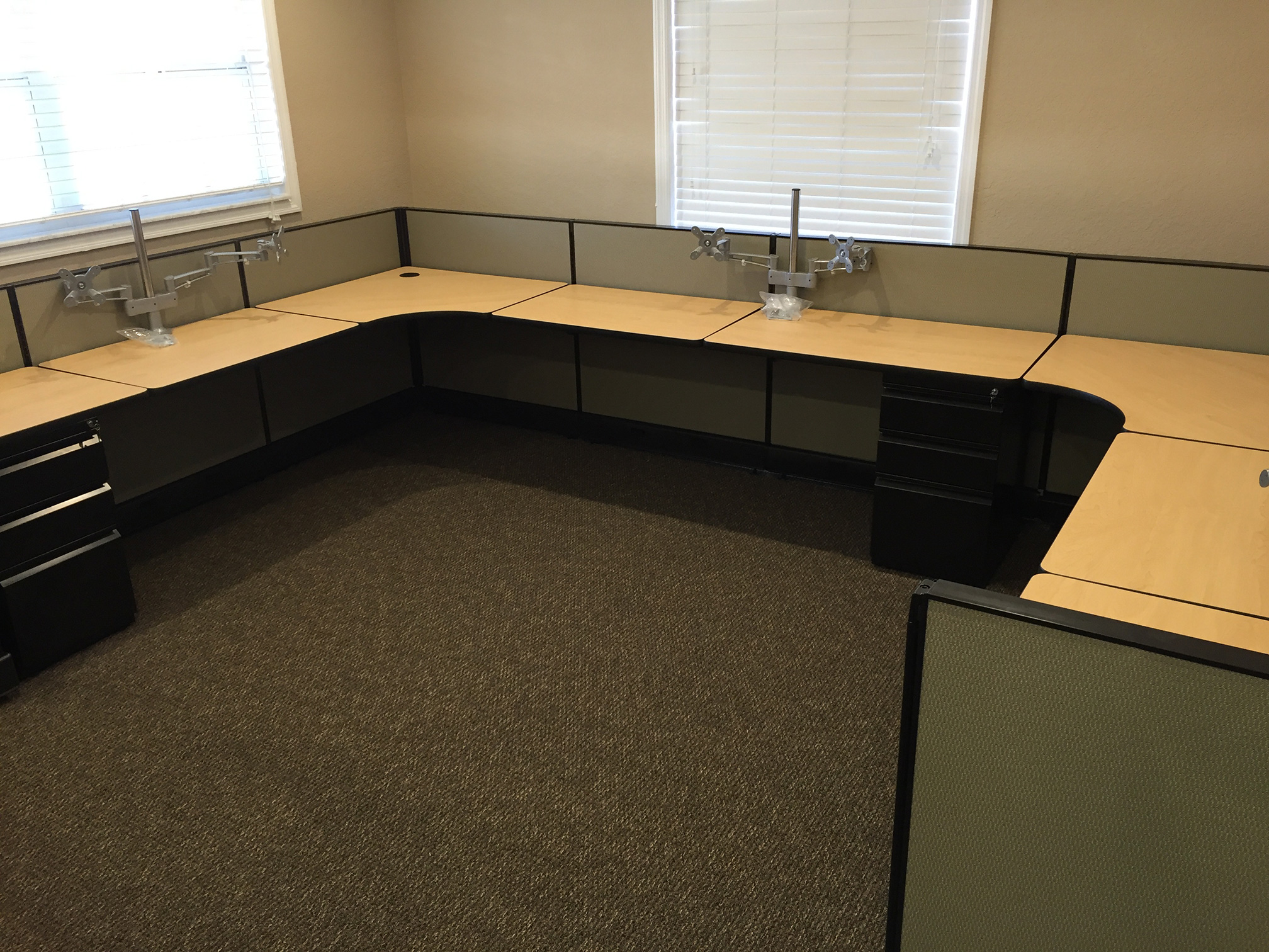 call-center-cubicle-manasota-office-supplies-llc.jpg