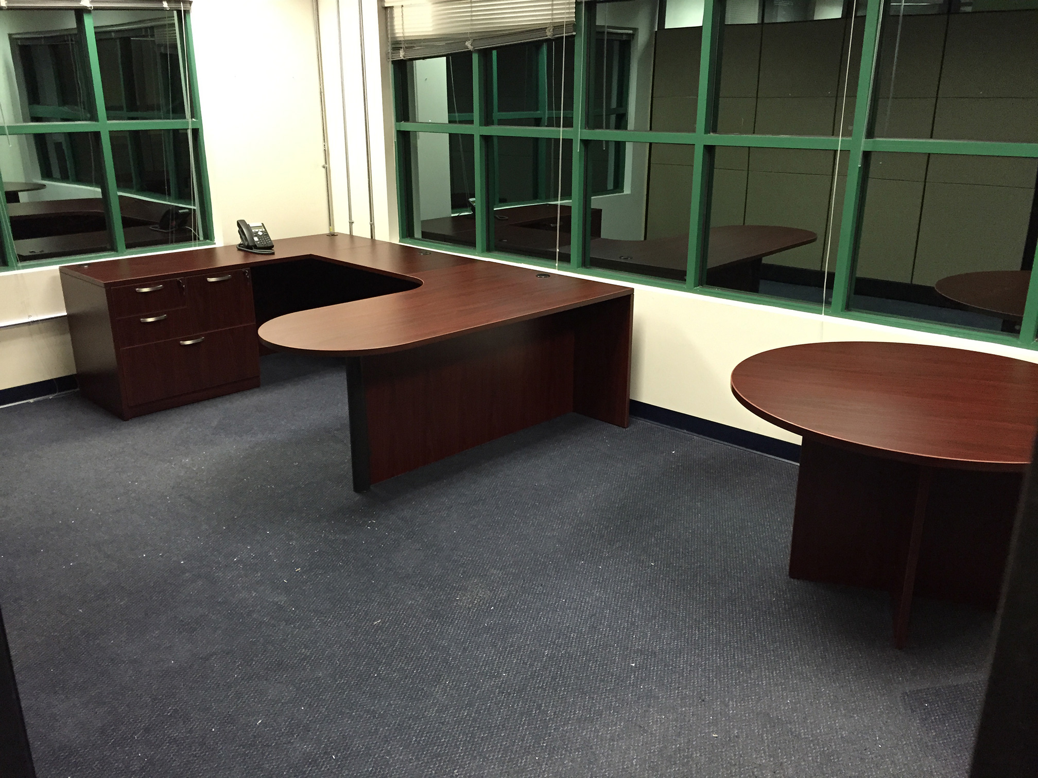 custom-desk-manasota-office-supplies-llc.jpg