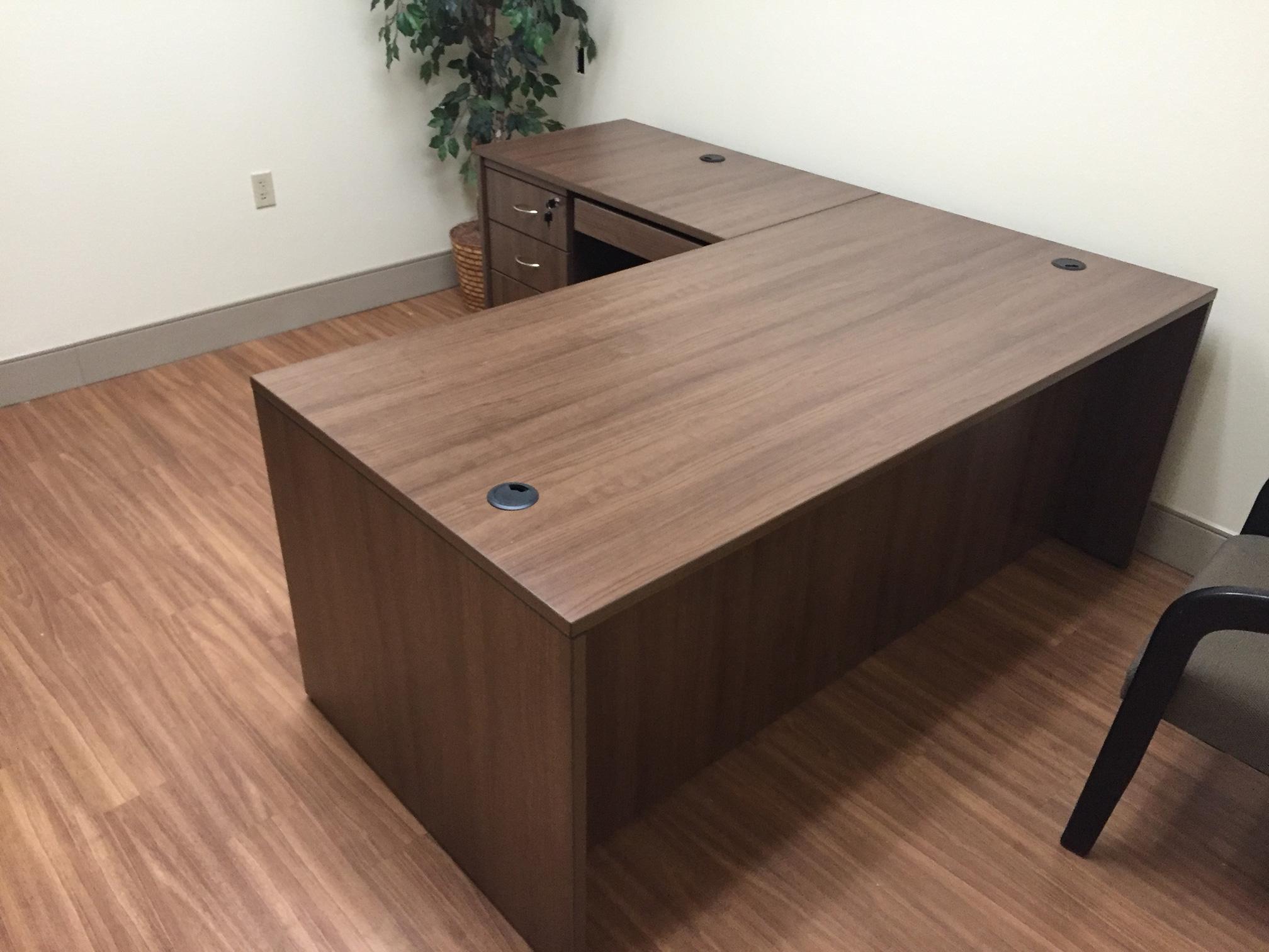 desk-bradenton-manasota-office-supplies-llc.jpg