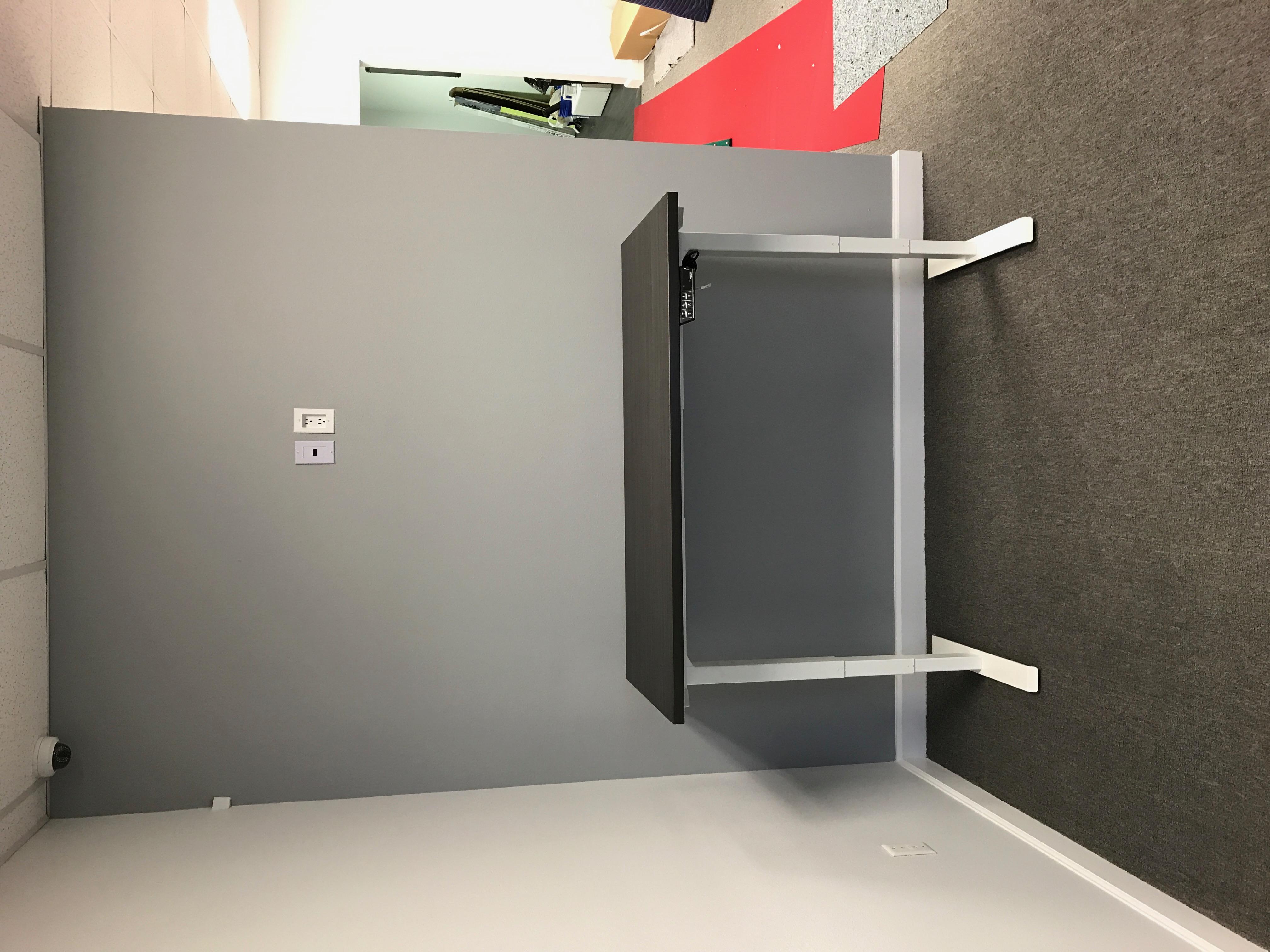 manasota-office-supplies-llc-adjustable-tables-in-bradenton-florida-manasota-office-supplies-llc-13-.jpg