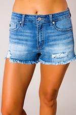 medium-wash-frayed-hem-shorts.jpg