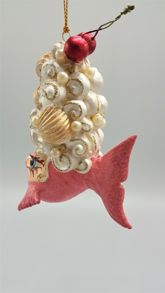 Cherry Shell Hairdo Kissing Fish Tree Ornament