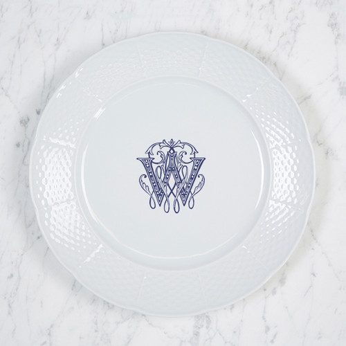 Lottchen-Wider WEAVE DINNER PLATE WITH MONOGRAM