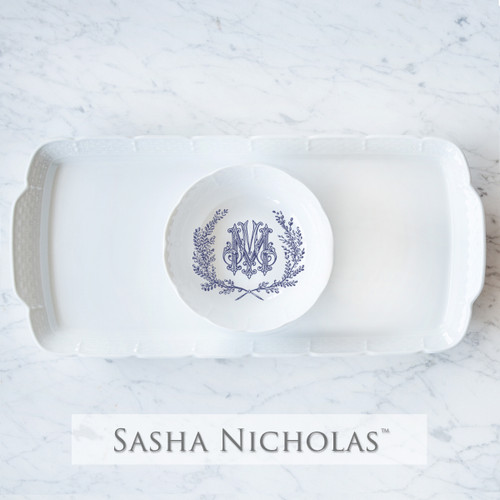 A beautiful addition to your dinnerware collection and to adorn your tablescapes with. It makes the perfect gift for your wedding registry and has the option to include an inscription on back. Choose from their signature font styles or use a custom monogram or crest of your choice! | Sasha Nicholas's white porcelain weave hostess platter and petite bowl gift set