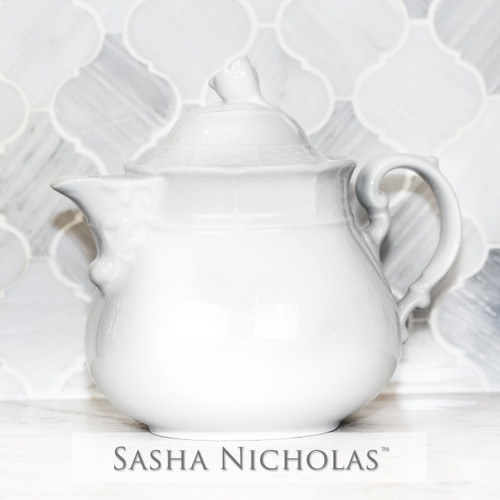 Yeung-Shivers WEAVE SIMPLY WHITE TEAPOT