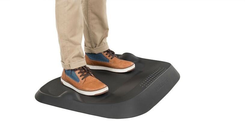 Step up to the perfect combination of active standing and support with the E7 Small Active Anti-Fatigue Mat