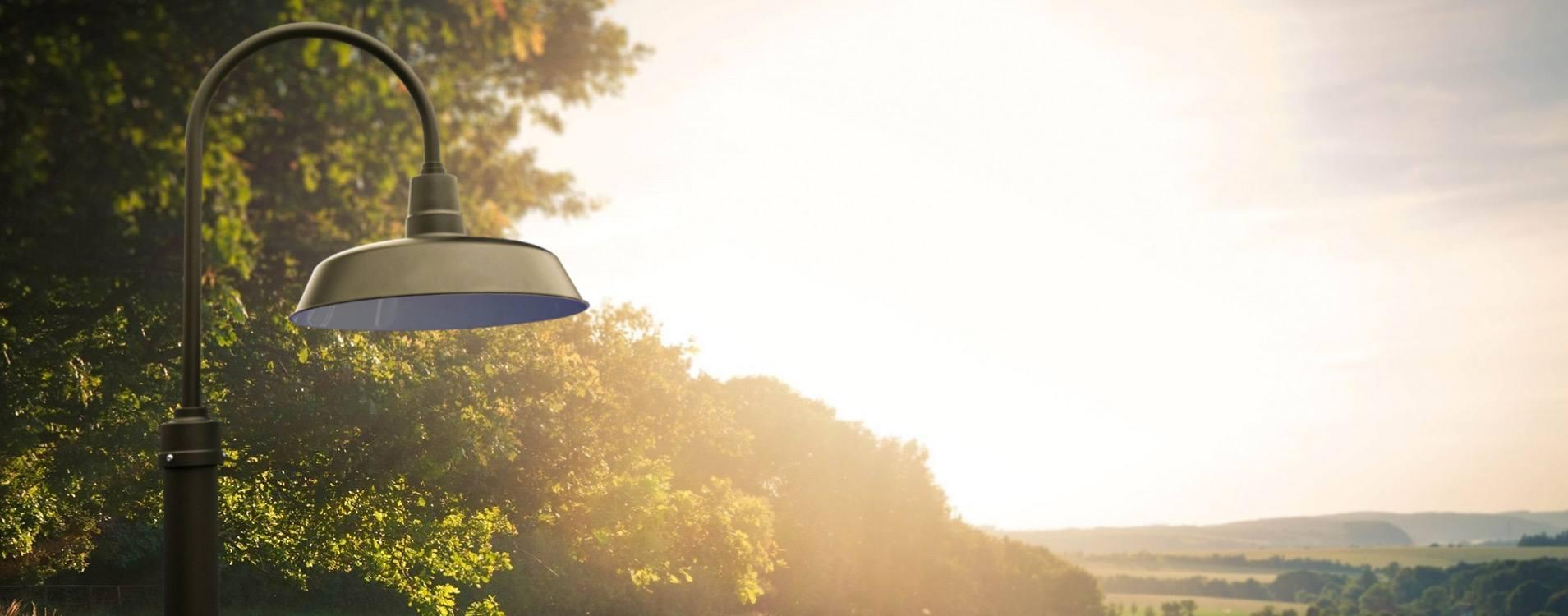 Customizable Oldage LED Barn Lamp Post weatherproof