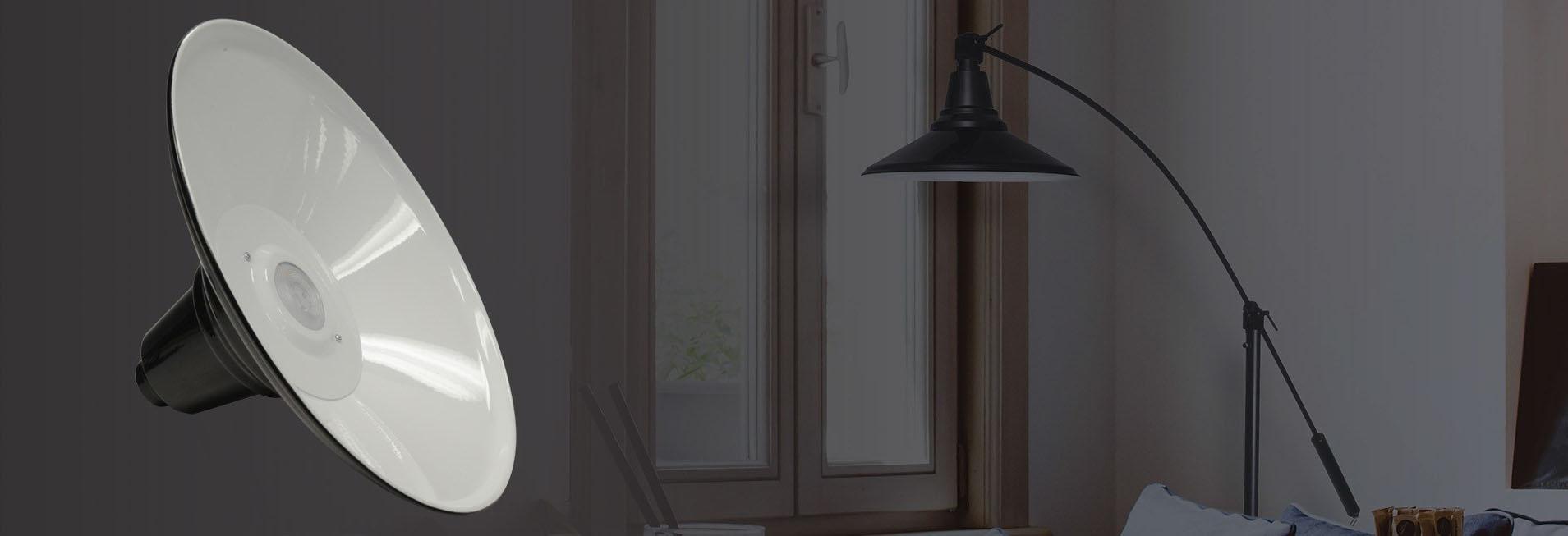 Calla LED Floor Lamp adjustable