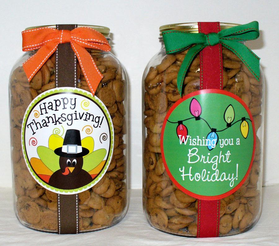 nam-s-cookies-holiday-40-oz-jar.jpg