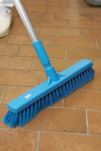 "16"" Fine Particle Push Broom w/ Aluminum Handle"