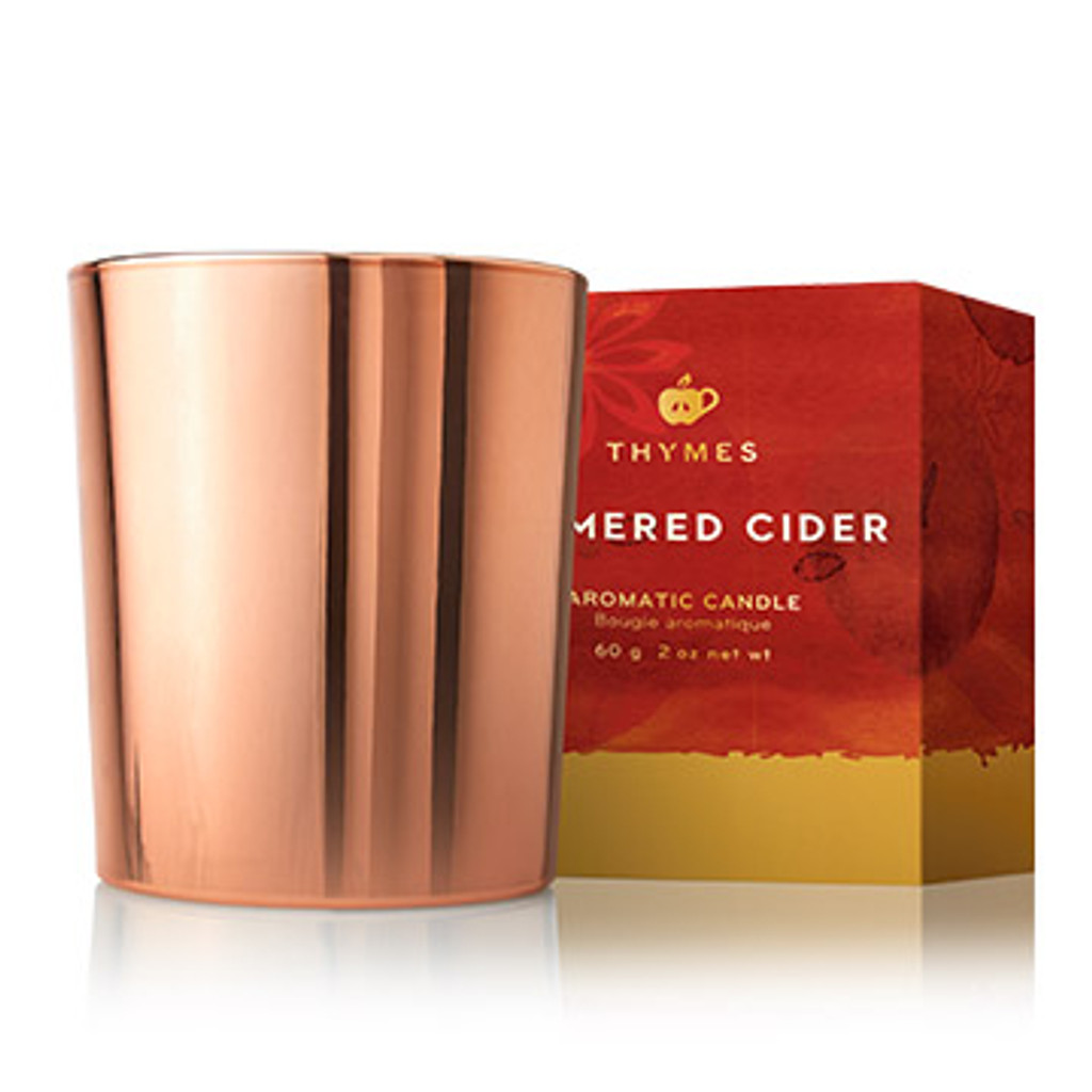Beautiful rose gold candle glows beautifully in any space this autumn, all the way into the holiday season, making for a great reusable piece as well for trinkets. Give an excuse to gather round and cozy up with a simmering blend of freshly-pressed apples, cardamom and hints of bourbon and malted rum.