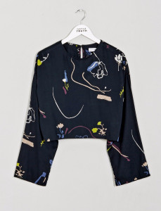 Navy Floral Wide Sleeve Crop