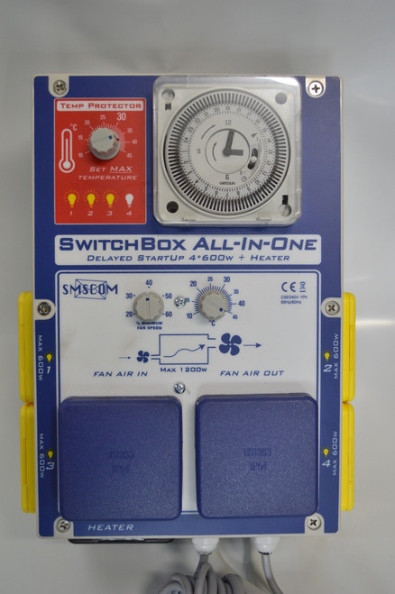 SmsCom 4 Outlet Switch Box