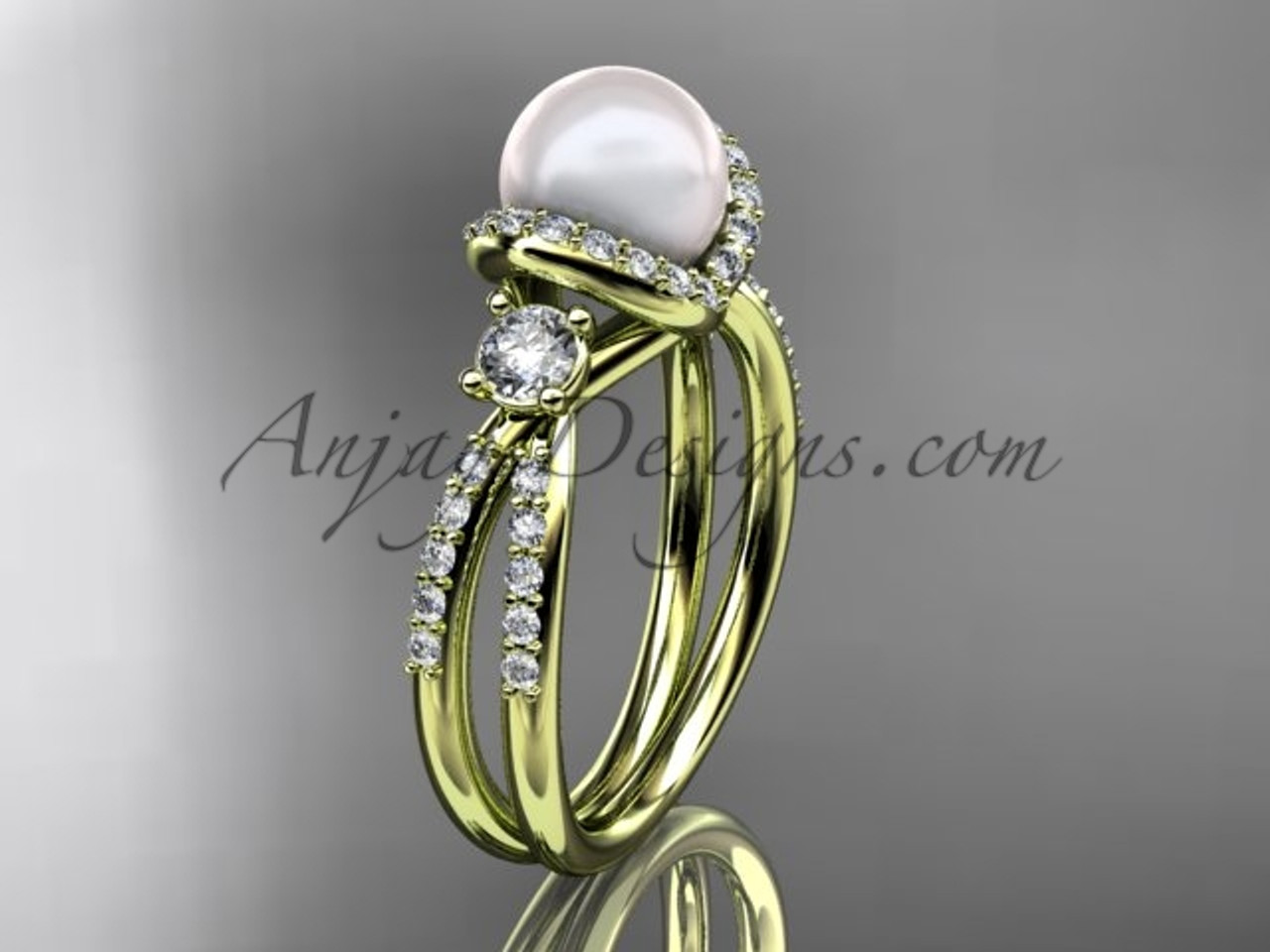 Unique Pearl and Diamond Ring Yellow Gold Wedding ring AP146