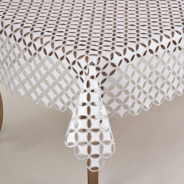 Fennco Styles Buche De Noel Collection Cutwork Design