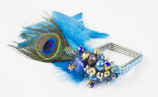 Fennco Styles Teal Peacock Feather Glass Beads Napkin Ring - Set of 4