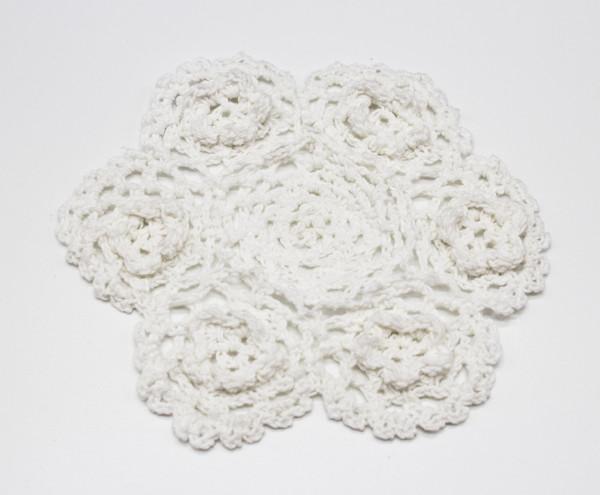 Fennco Styles Handmade 3D Flowers Crochet Lace Cotton Round Doilies - 4-pack