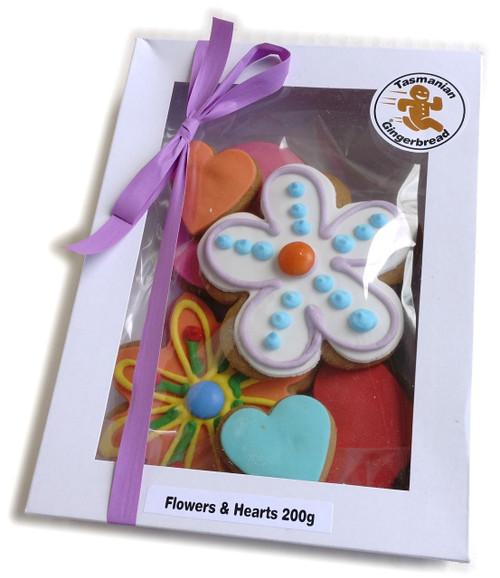 Tasmanian Gingerbread Flower and Heart Box