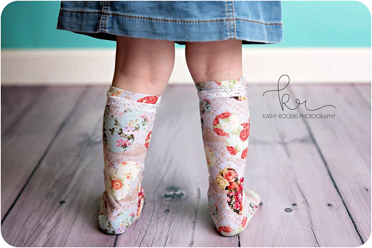 Cozy Critter Socks - Peek-a-Boo Pattern Shop