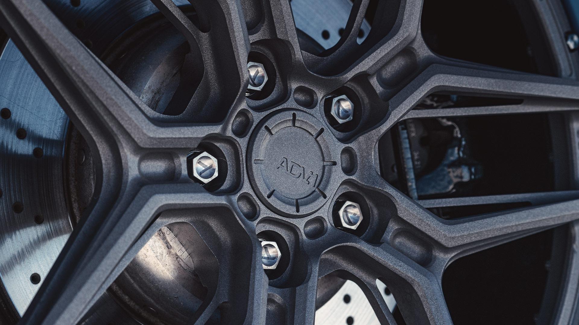 BMW i8 Tikore Titanium Lug Bolts