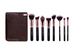 Deluxe Essentials - 8 Pc Brush Set