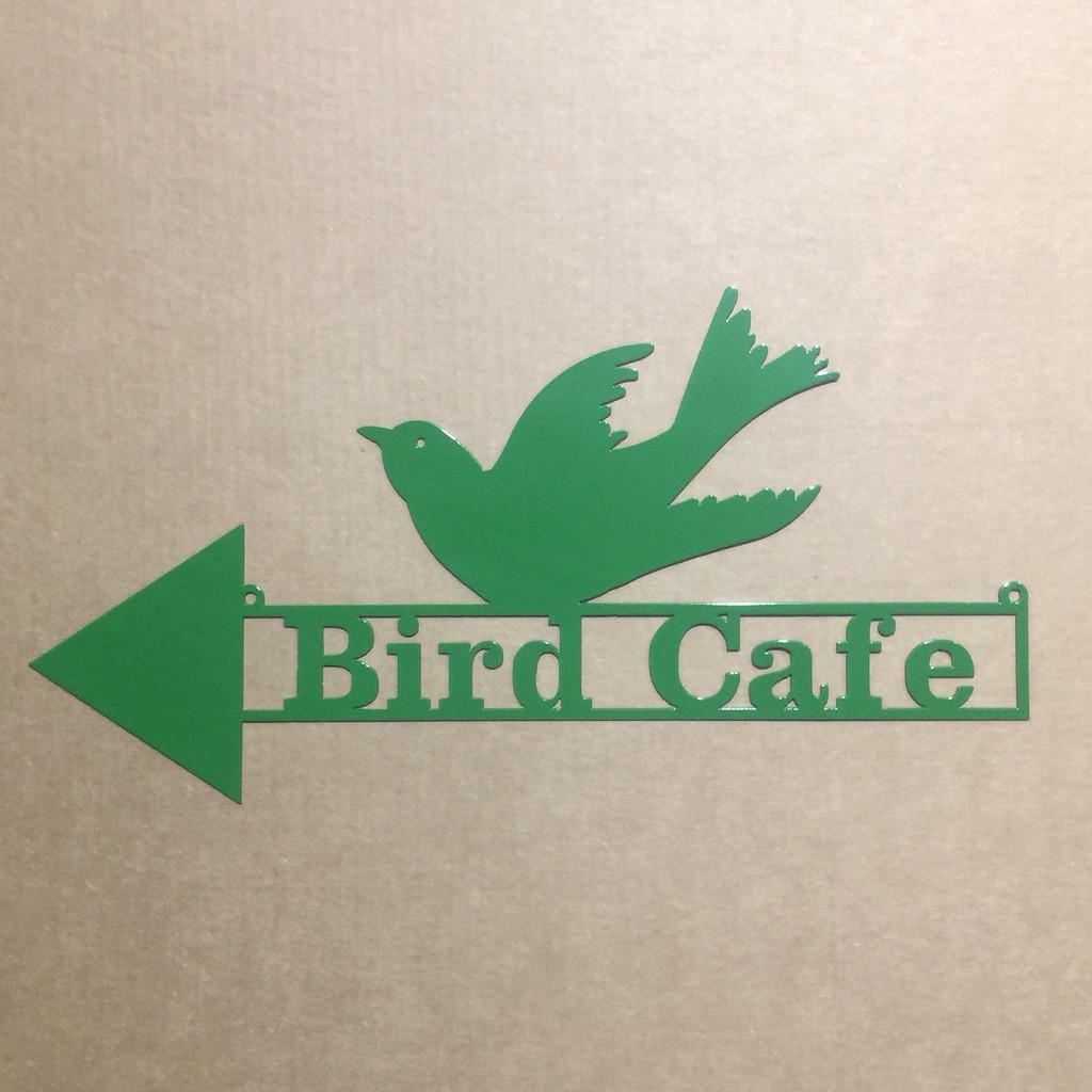 bird with arrow direction sign (O15)