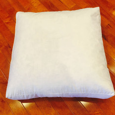 "18"" x 18"" x 3"" Polyester Non-Woven Indoor/Outdoor Box Pillow Form"