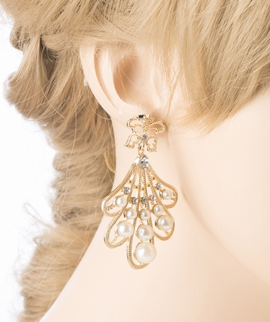 Flare Pearl Crystal Fashion Vintage Earrings Gold