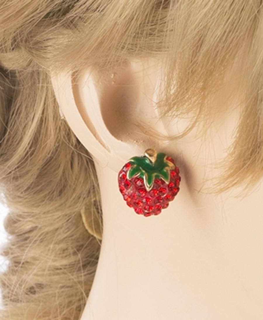 Cute Strawberry Shape Sparkle Crystal Rhinestone Paved Earrings Red Gold E488