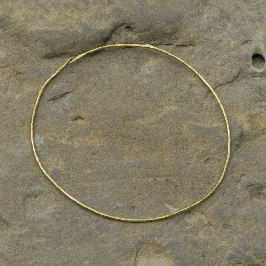 minimalist delicate brass collar necklace with hinged closure