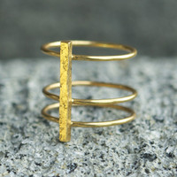 14 carat gold plated statement ring with hammered detailing