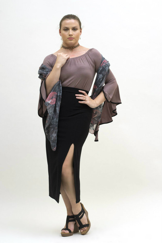 Shown here with our beautiful charcoal-pink print scarf.