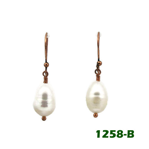 Center View - White Freshwater Pearl on Copper Earwires (1258)