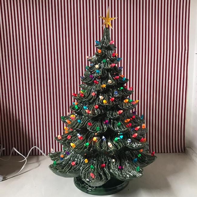 Large Christmas Tree: Ceramic Christmas Trees